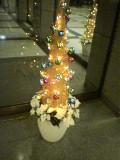 霞ヶ関ビルの小さなクリスマスツリー