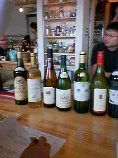 世界のワインとチーズ 西川口