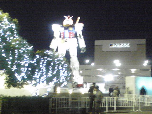 東静岡 ガンダム 夜間ライティング
