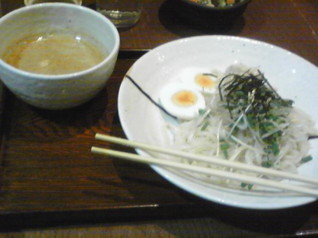 水道橋 茶寮 鶏肉ほそうどんつけ麺(うろ覚え)腹八分目チャージ
